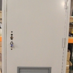 bottom-louvered-single-door